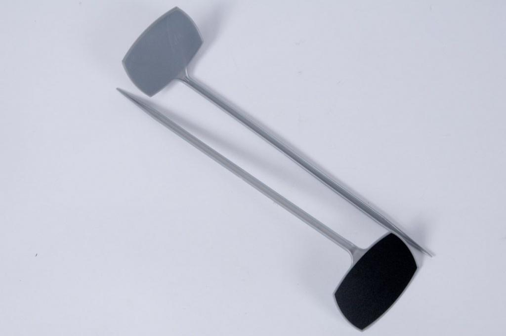 A031MO Paquet de 10 pics étiquettes gris 10x6 H35cm