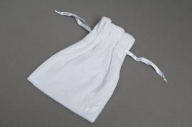 Paquet de 10 sacs en velours blanc 17x12cm