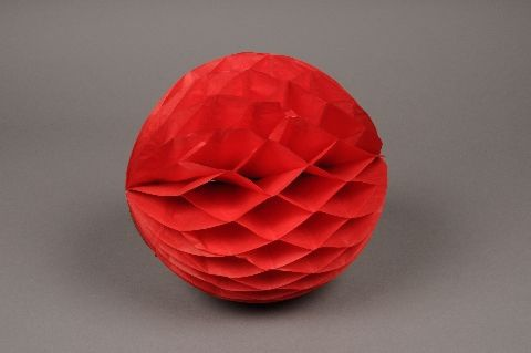 A829GM Paquet de 2 boules papier à suspendre rouge D20cm