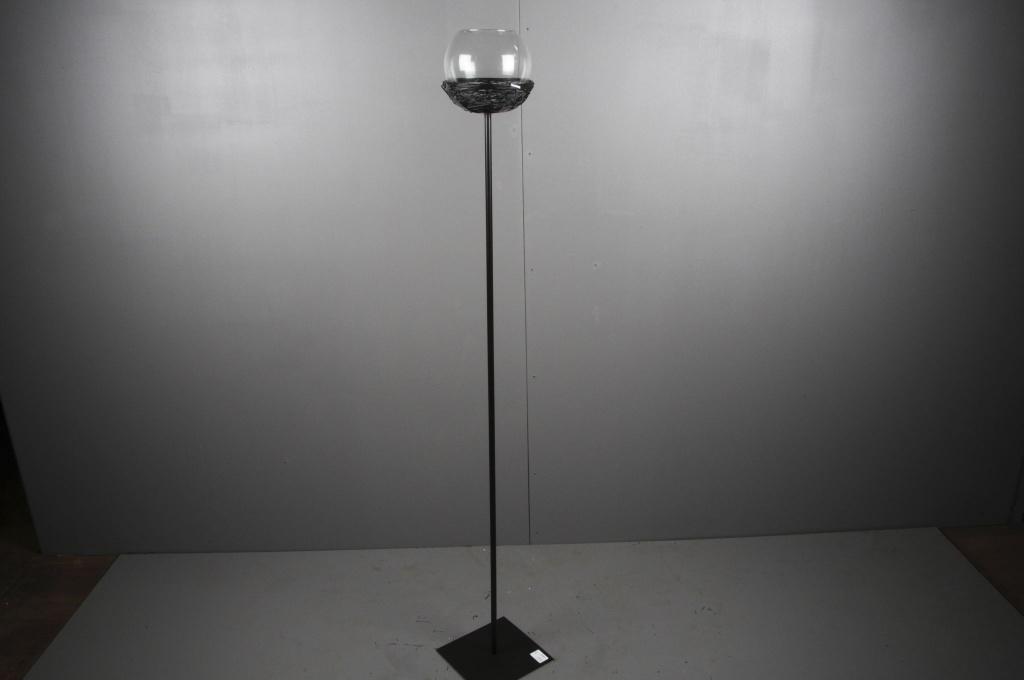 A006ZV Photophore sur pied en métal noir H140cm