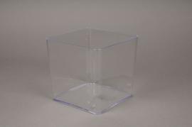 A001R2 Plastic vase cube clear 13x13cm H13cm