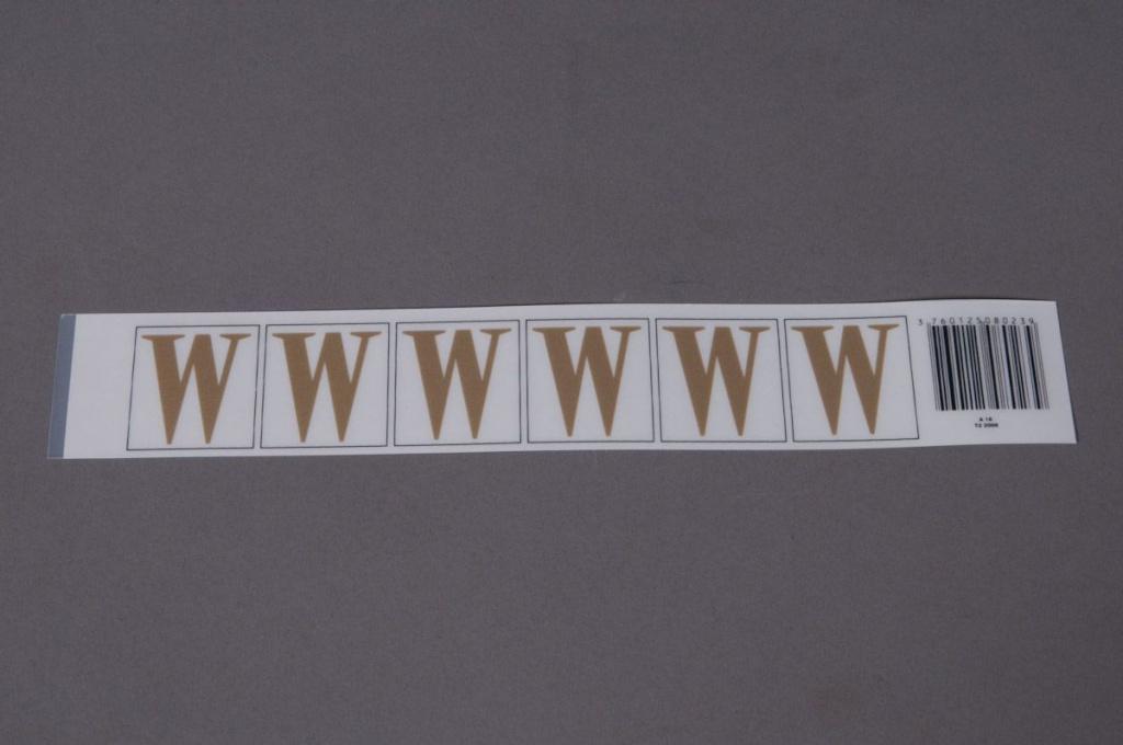 A024K4 Pochette de 50 lettres W 33mm