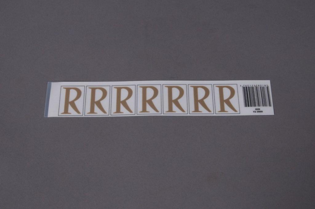 A019K4 Pochette de 70 lettres R 33mm