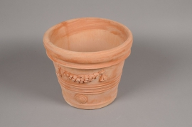 A004Q2 Terra cotta scalloped pot D31cm H31cm