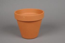 A042KF Pot horticole en terre cuite D17cm H15.5cm