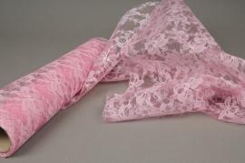 Rouleau de dentelle rose 30cm x 5m