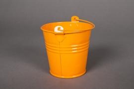 Seau en zinc mandarine  D8 H7cm