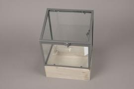 A032AY Serre en bois et verre 19cm x 23.5cm H31cm