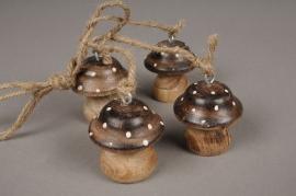 x195fd Set de 4 champignons en bois H5cm