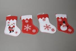 X016AZ Set de 4 chaussettes à suspendre en tissu rouge et blanc L15cm H23cm
