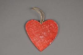 SV02U7 Set of 10 red wooden heart hanging D14cm