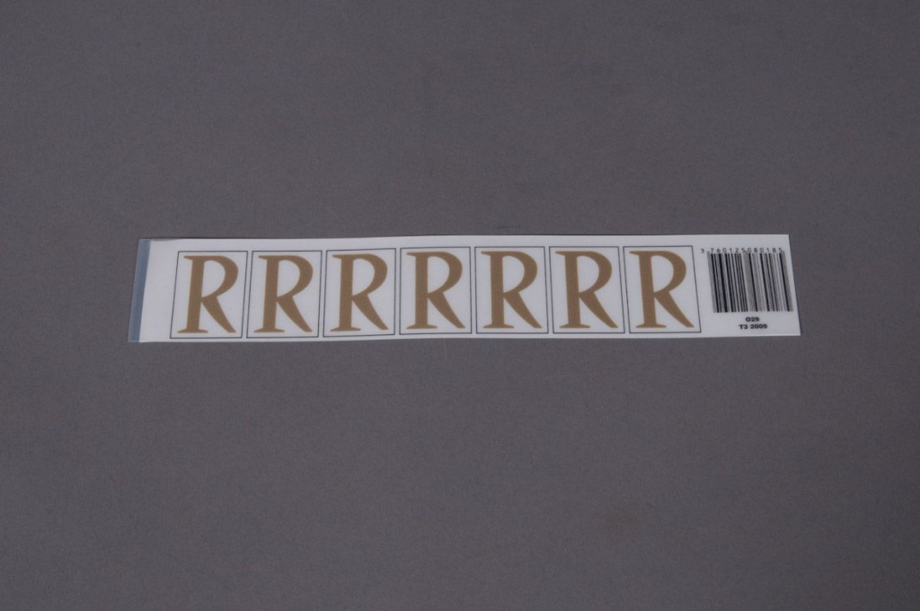 A019K4 Set of 70 letters R 33mm
