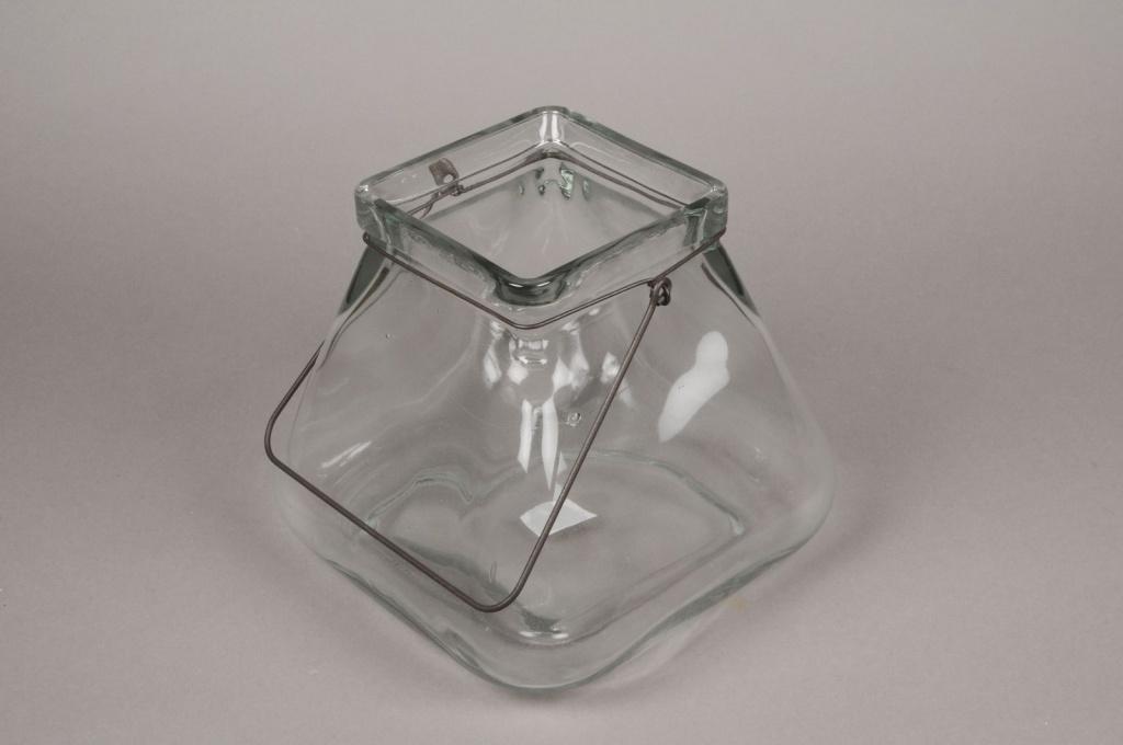 A009R4 Vase en verre évasé 17cm x 17cm H18.5cm