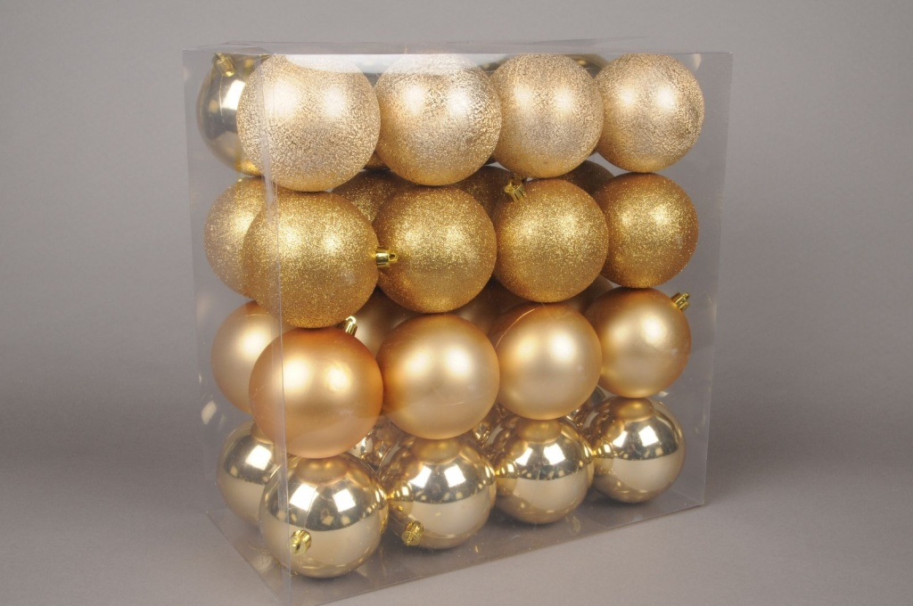 X008ZY Box of 32 plastic balls gold diameter 10cm