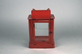 X021HH Lanterne en métal rouge 22cm x 15cm H31cm