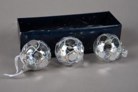 X024KI Boîte de 3 boules verre déco argent D8cm