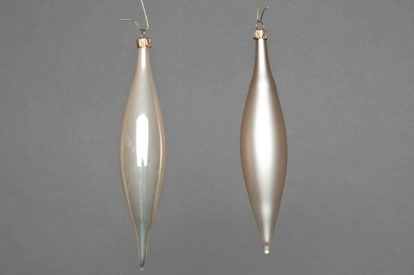 X050T1 Box of 6 pearl glass cones H15cm