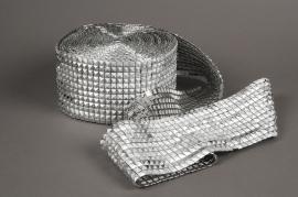 X050UN Roll silver diamonds spike 12cm x 9m