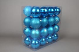 X056ZY Boîte de 32 boules plastique turquoise D10cm