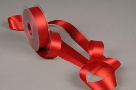 X105UN Red satin ribbon 25mm x 25m