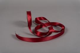 X108UN Dark red satin ribbon 25mm x 25m