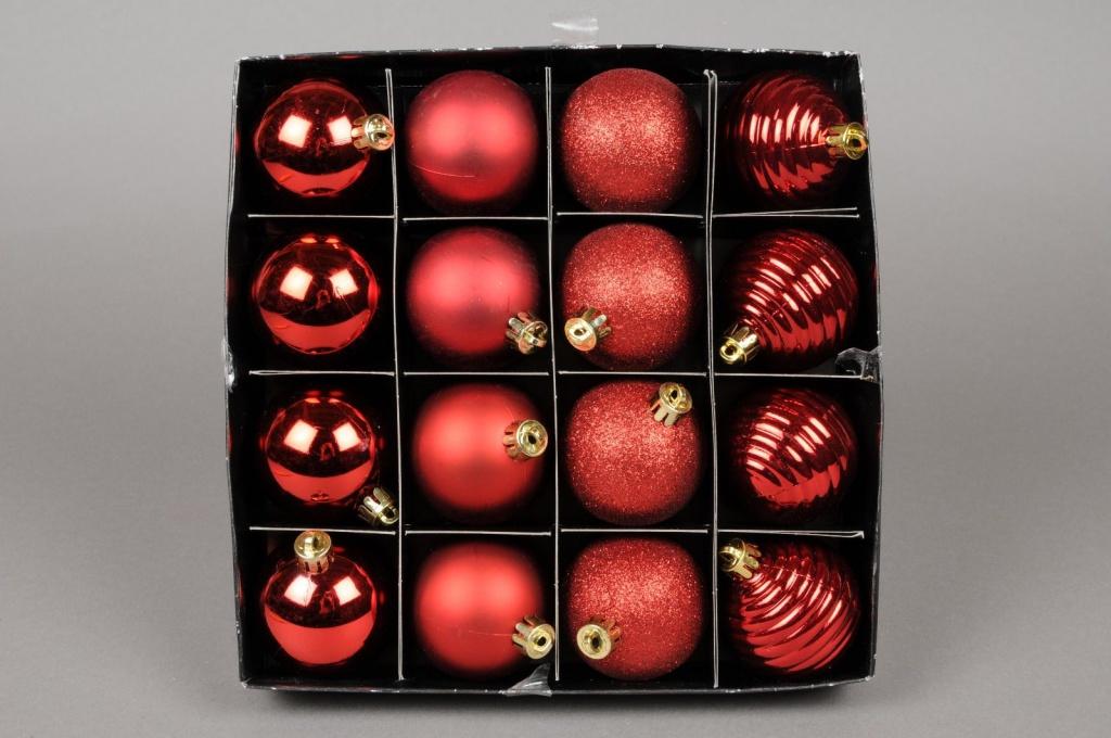 X108ZY Boîte de 16 boules en plastique rouge D5cm