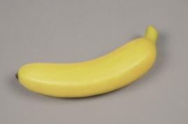 x146ee Banane artificielle jaune D5cm L18cm