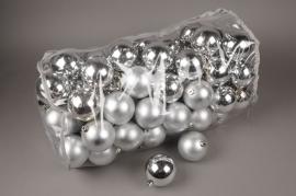 X156ZY Bag of 80 plastic balls silver D8cm