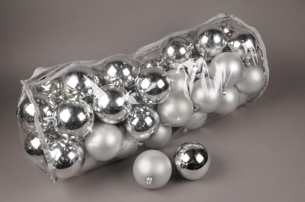 X157ZY Sac de 50 boules plastique argent D10cm
