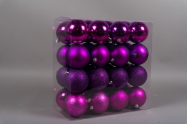 X163ZY Box of 32 plastic balls purple D10cm