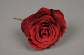 x168fd Boîte de 6 roses artificielles rouge D8cm