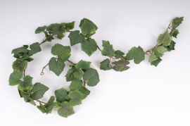 x168wh Pack of 3 green vine garlands H180cm with 87 leaves