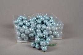 X174KI Box of 144 grey blue glass balls D20mm