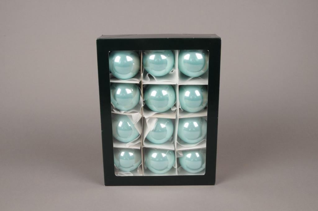 X300T1 Box of 12 shiny turquoise blue glass balls D6cm