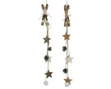 X434KI Guirlande avec skis pommes de pin et étoiles L54cm