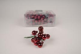 X464KI Boîte 144 boules en verre bordeaux brillant D20mm