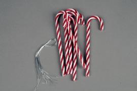 X623KI Set de 6 sucres d'orge rouge et blanc H12.5cm