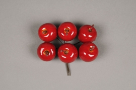 x629nn Box of 24 red artificial apples D3.5cm