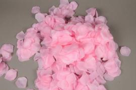 x665jp Paquet de 3000 pétales de roses artificielles crème