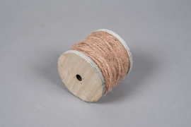 x945wg Reddish-brown jute yarn spool 130gr