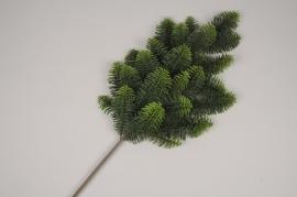 xx44ee Branche de sapin artificiel H65cm