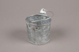 A047Q4 Zinc bucket D6.5cm H6cm